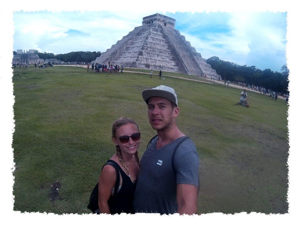Hannah & Henrik in Chichén Itzá, Mexiko