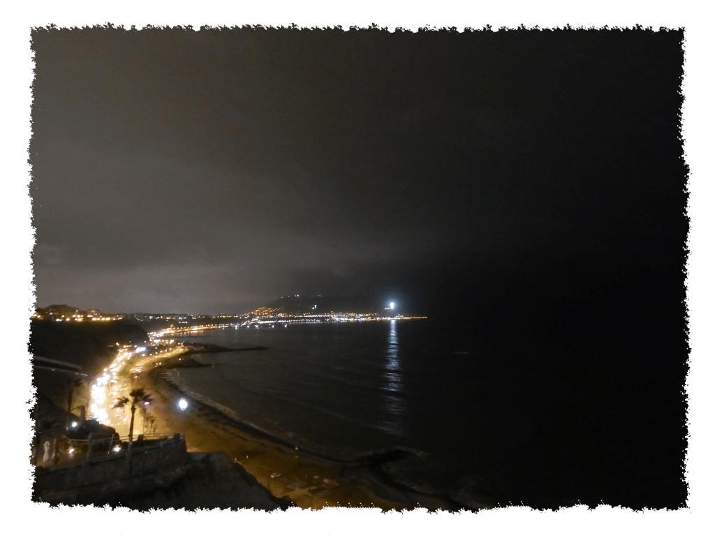 Lima - Costa Verde bei Nacht