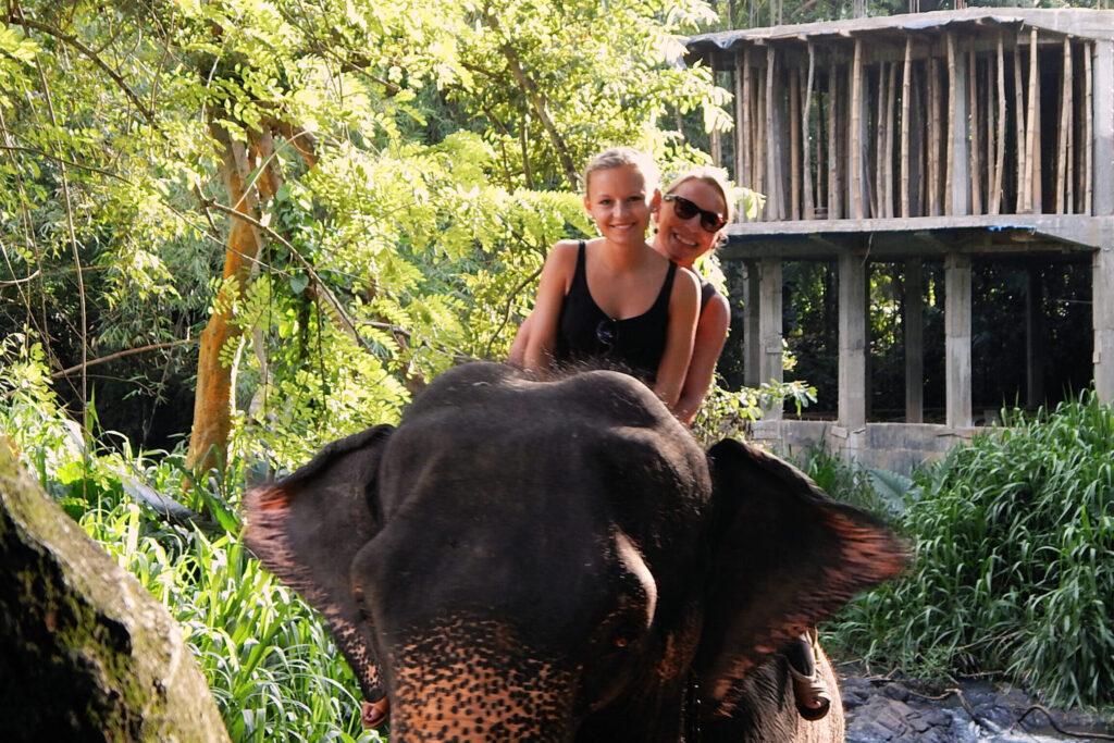 Süden Sri Lanka - Elefantenreiten