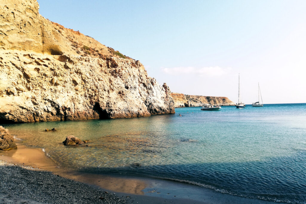 Tsigrado Beach auf Insel Milos